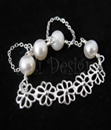 Signature fancy pearl bracelet - potato pearls